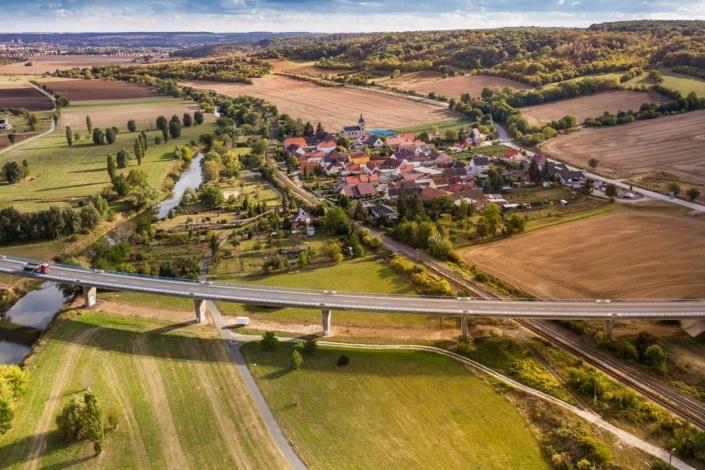 Ortsaufnahme   Luftbild Sachse-Anhalt  Aerialphoto